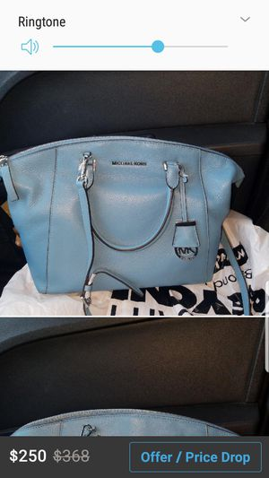 New Michael Kors leather hand bag for Sale in Chicago, IL