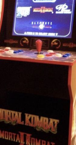 Mortal Kombat Arcade 1Up Cabinet with Riser for Sale in North Hollywood, CA