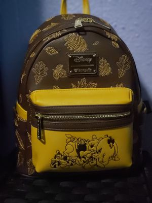 Winnie the pooh backpack loungefly for Sale in Galt, CA