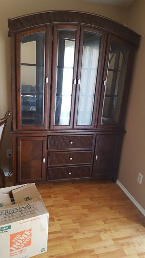 China cabinet for Sale in Fort Wayne, IN