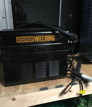 Small welder (Harbor freight) for Sale in Largo, FL