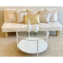 Coffee Table & 2 Decorative Table Top Pieces for Sale in Irvine,  CA