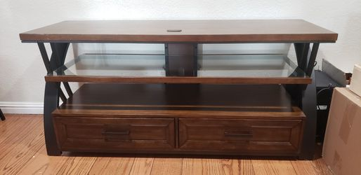 Tv Stand With Shelf And Drawers (Give Me An Offer! ) for Sale in Danville,  CA