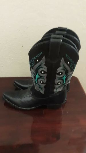 Western boot New size 7 women for Sale in Fort Worth, TX