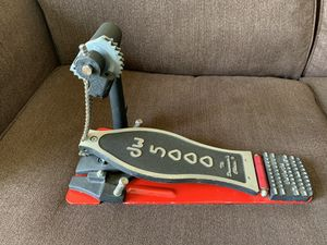 Dw 5000 left slave bass drum pedal and drum key for Sale in San Diego, CA