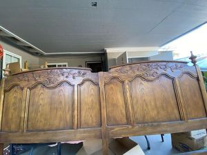 King Sized Headboard for Sale in City of Industry, CA