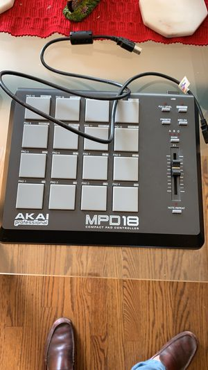Akai professional mpd18 compact pad controller for Sale in Melrose Park, IL