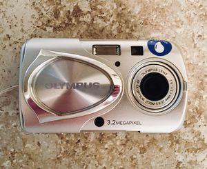 📷 Olympus Stylus 300 Digital Camera 3.2 MegaPixel (Excllnt Condition) for Sale in Soquel, CA