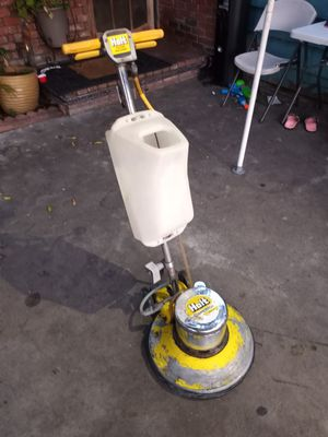 HOLT floor polisher scrubber machine for Sale in East Los Angeles, CA