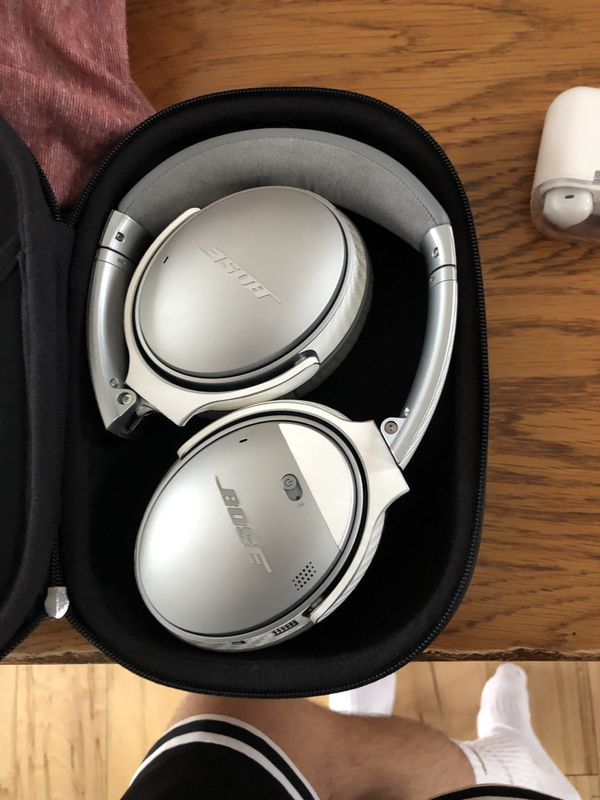Bose QC35 VERSION2's with a Carbon Fiber skin on also! Comes with charger, cord(if wanted), and the case.