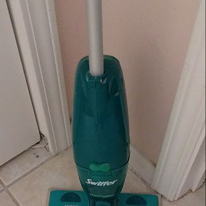 Swiffer Sweep and Vac Vacuum Cleaner for Floor for Sale in Riverview, FL