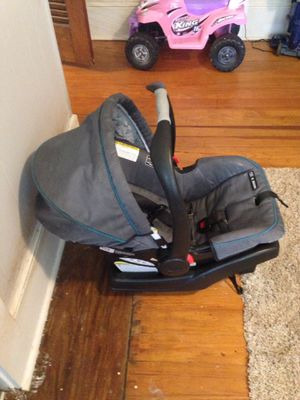 Graco car seat for Sale in Boiling Springs, SC