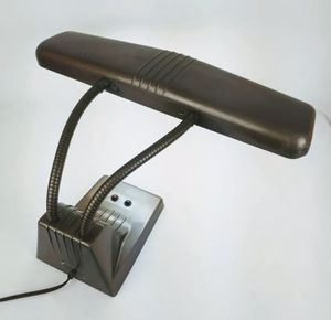 1950s Mid Century Vintage Dazor Metal Industrial Light Model 1000 Double Gooseneck Desk Lamp Heavy duty office table lamp Adjustable double goosenec for Sale in Hialeah, FL