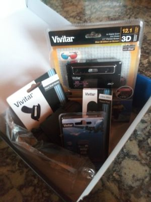 Vivitar digital camera and accessories for Sale in Vichy, MO