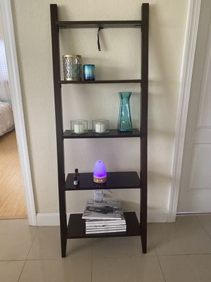 Slanted Book Shelf Dark Wood for Sale in Fort Lauderdale, FL