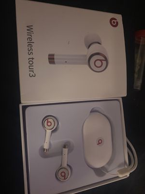Beats wireless tour3 for Sale in Philadelphia, PA