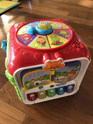 V Tech Sort & Discovery Activities Cube for Sale for sale  Jersey City, NJ