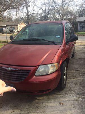 Chrysler Voyager Mini van for Sale in Dallas, TX