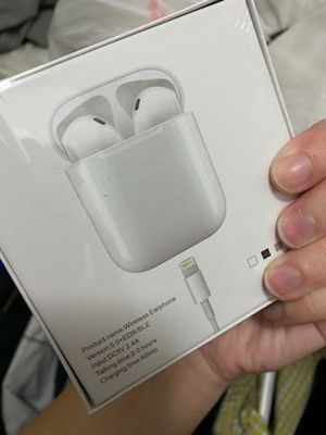 Ear Pods Air Pods Brother. Wireless headphones Apple and Android for Sale in Valrico, FL