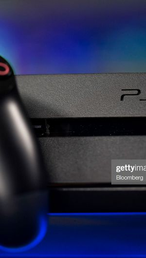 **FREE** PS4 - Console StaySafe Best Deal Gvway! for Sale in New York, NY