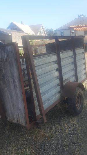Utility trailer 4x8. No title,bill of sale..needs new plywood ,,300$ for Sale in Bremerton, WA