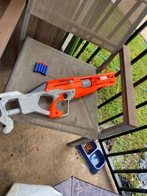 Nerf gun whit 5 bullet for Sale in Pasadena, TX