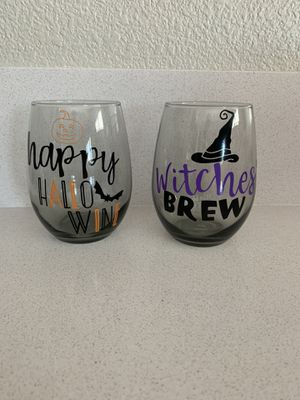 Halloween wine glass set for Sale in Galt, CA