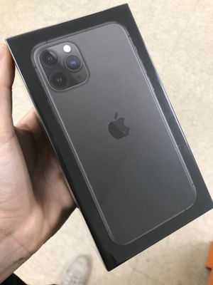 🎄iphone 11 pro🎄 for Sale in Lancaster, TX