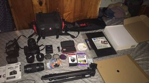 Canon EOS camera for Sale in Schenectady, NY