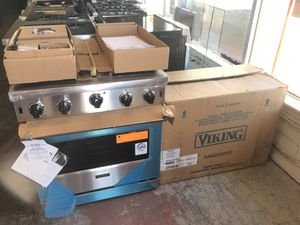 New Viking Professional Appliance Set for Sale in Los Angeles, CA