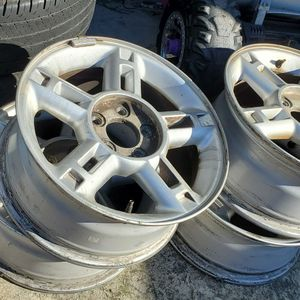 "Rim 16"" With Tires 235/65R16 for Sale in Warwick, RI"