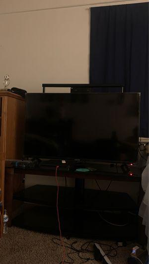 Element 50 inch smart tv for Sale in Phoenix, AZ