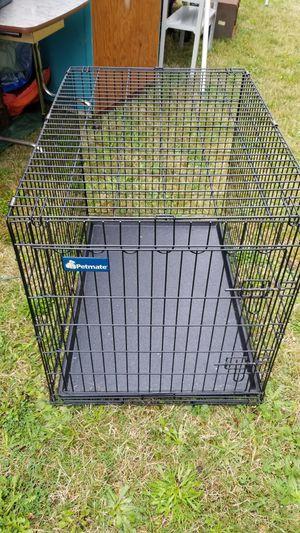 Medium dog kennel for Sale in Graham, WA