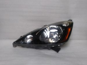 2009 - 2013 honda fit headlight for Sale in Los Angeles, CA