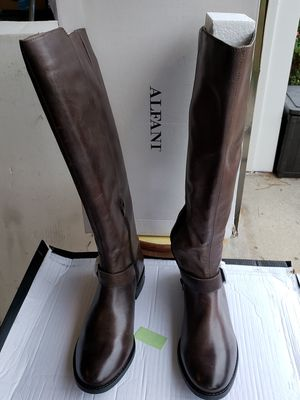 Brown Boots Size 8.5M. Brand New for Sale in Norfolk, VA