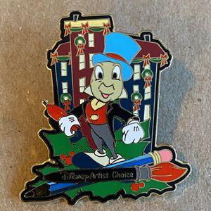 "Disney Pin #8605 - ""December 2001 Artist Choice"" for Sale in Elburn, IL"
