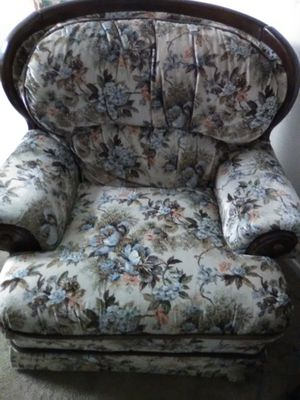 Large Comfortable Chair for Sale in San Angelo, TX