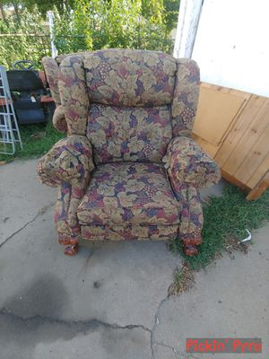 Vintage recliners for Sale in Salina, KS