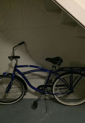 Nice big boy beach cruiser bicycle for Sale in Cleveland, OH