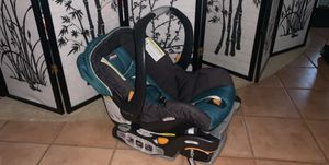 Chicco car seat for Sale in Melbourne Village, FL