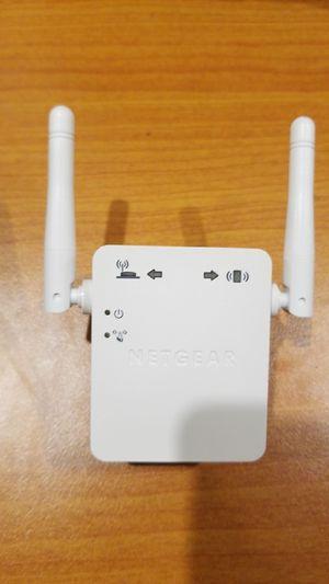NETGEAR Wifi Range Extender for Sale in Fresno, CA