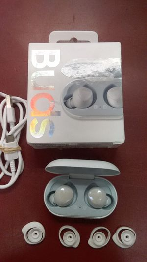 Samsung SM-R170 refurbished pair of Galaxy buds true wireless earbuds in retail box. Inv # 110364916 for Sale in Sacramento, CA