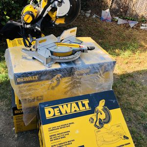Dewalt 15 Amp Corded 12 in. Compound Double Bevel Miter Saw for Sale in Norwalk, CA