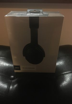 Bose Bluetooth On-ear wireless for Sale in Sioux Falls, SD