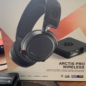 Steelseries Arctic Pro Wireless for Sale in San Diego, CA