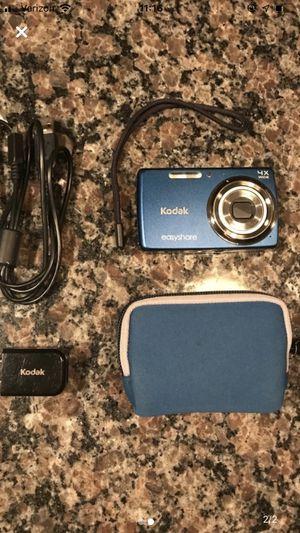 Blue kodak easy share digital camera battery included. Like new. for Sale in Fayetteville, NC
