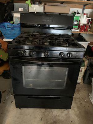 Kitchen appliance set for Sale in Springfield, VA