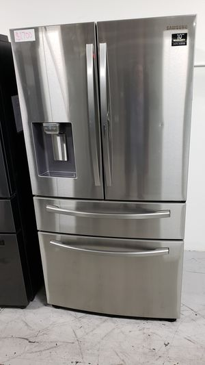 FRENCH 4 DOOR SAMSUNG REFRIGERATOR 28 CUBIC STAINLESS STEEL FRIDGE W/FOOD SHOWCASE FREE DELIVERY AND WARRANTY for Sale in Garden Grove, CA