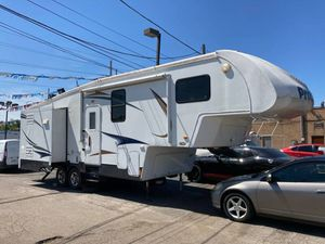 2012 RV Prowler 29 feet 3 slides ready to enjoy! for Sale in Franklin Park, IL