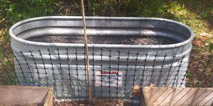 3 planters & Pond w/fountain for Sale in PT ORANGE, FL